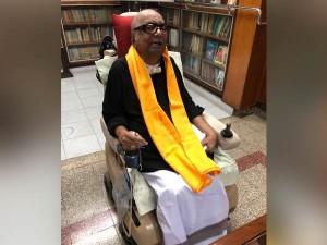 Karunanidhi Wears Black Shirt As Mark Protest Against Pm Narendra Modi