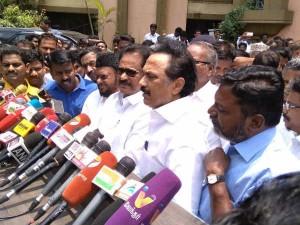 Dmk Convenes Party Meeting Anna Arivalayam