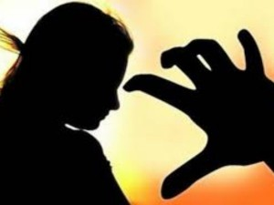 A Mother Allows Business Man Give Sexual Harassment 10 Years Old Daughter
