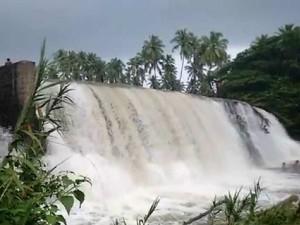 Flood Bodi Kottakudi River Anai Pillaiyar Falls