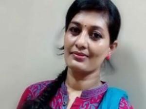 Tv Serial Actress Nilani Crying Police