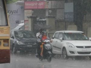 Heavy Traffic Jam Many Place Chennai
