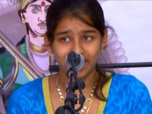 A Dubai Tamil Student Participates The Chennai Karnatic Music Program
