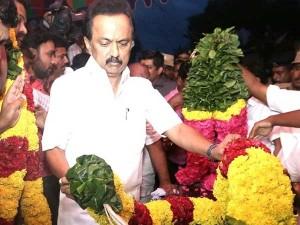Neet Killings Stalin Pays Last Tribute Pradeepa