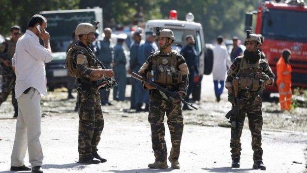 ஆப்கன் தலைநகர் காபூலில் தற்கொலை குண்டு தாக்குதல்: 24 பேர் பலி
