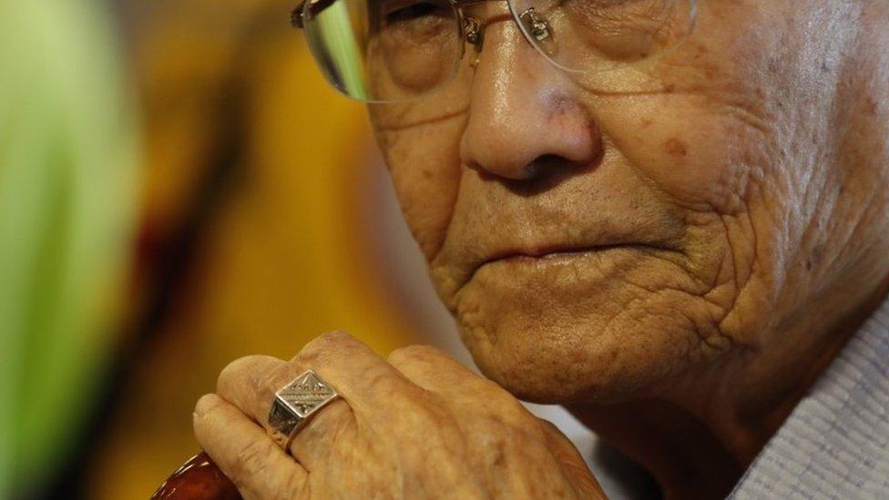 கொரியப் போர்: 67 ஆண்டுக்குப் பின் மகனைக் காண வடகொரியா சென்ற 92 வயது தாய்
